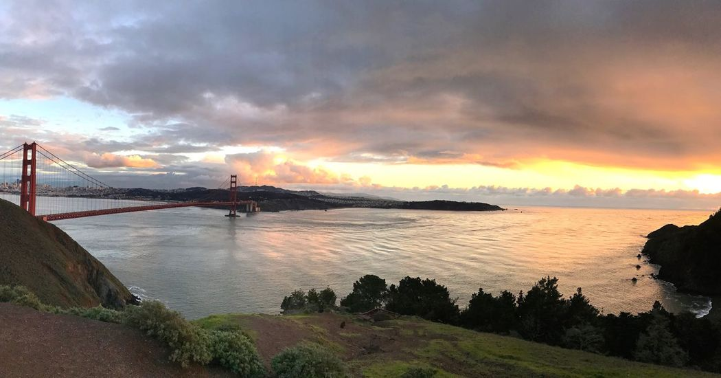Golden Gate Bridge San Francisco Tranquil Scene Sky Sunset Beauty In Nature Sea Cloud - Sky Outdoors Tranquility