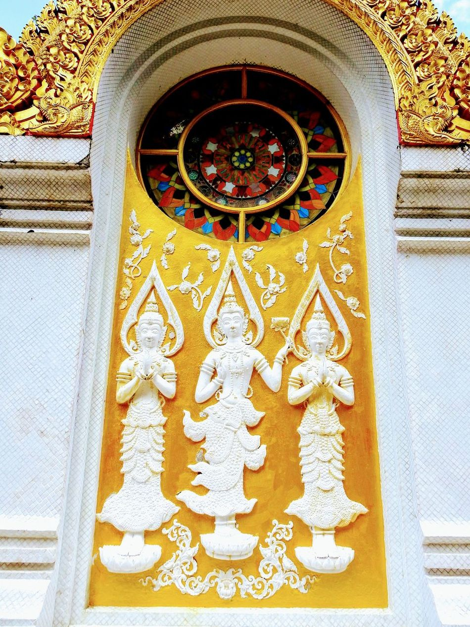 Gable of stupa. Tham Pha Phong's monastery. Chiang Dao. Chiang Mai. TH. Gable Gable Roof Art And Craft Religion Creativity Design Place Of Worship Spirituality No People Low Angle View Multi Colored Architecture Close-up Beauty In Nature Selective Focus Focus On Foreground Buddha Temple BUDDHISM IS LOVE Travelling Thailand Travel Destinations Tranquility Scenics Monastery Patterns & Textures Building Exterior