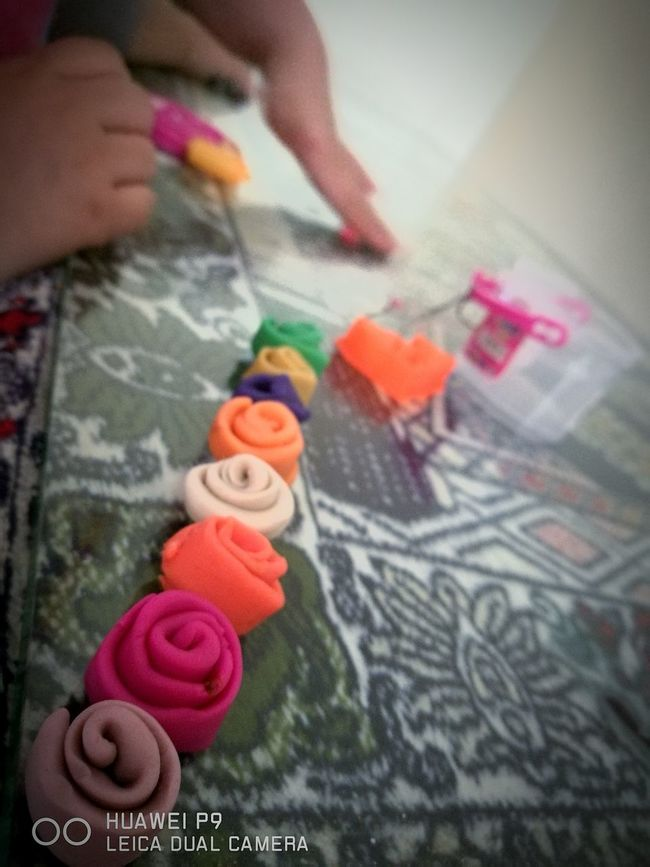 My ysabel's claydoh flower creation Fouryearsold ClayDough Flowers