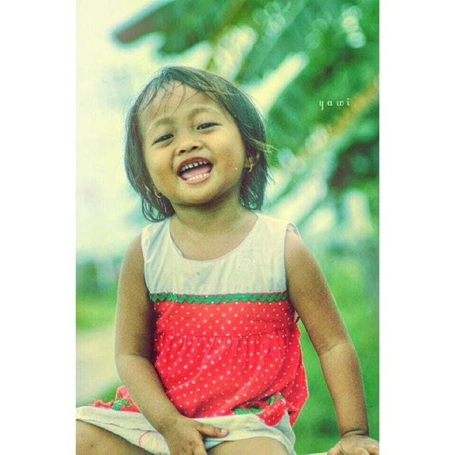 :) senyum Loves_people Loves_indonesia_humaninterest Igers Ig_indonesia_humaninterest loves_world humaninterest people photo_storia