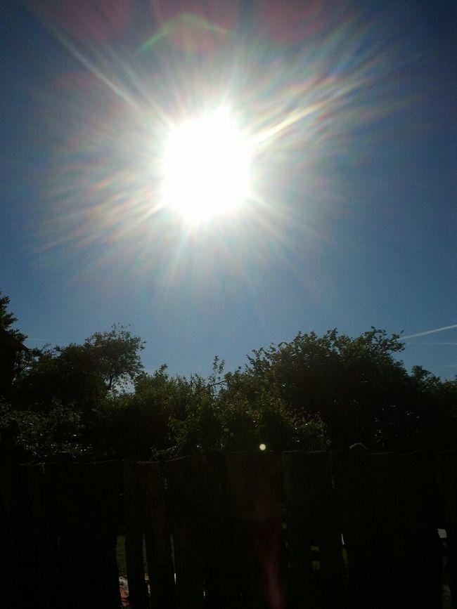 I walk in the Sunshine <3 Relaxing Enjoying Life Hanging Out
