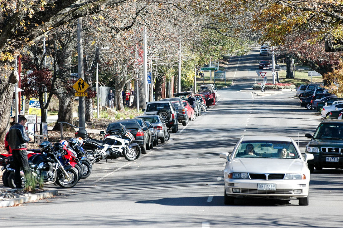 The Drive Transportation Mode Of Transport Car Land Vehicle Outdoors Crowd Day People Tree Australia & Travel Australian Landscape Victoria Marysville,WA Small Town Feel Small Town Charm Automobile Vehicles On Road Vehicles Vehicle Cars On The Road!! Neighborhood Map