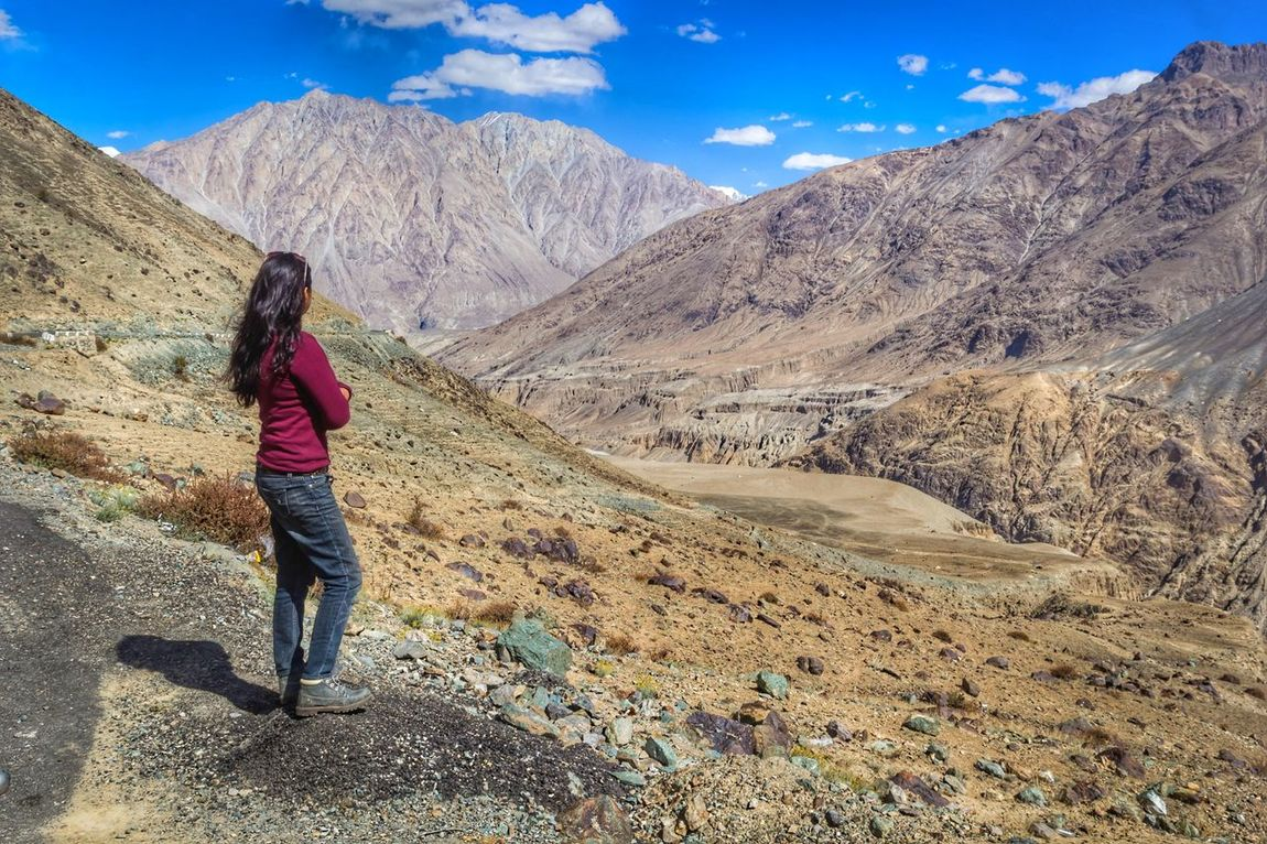One Person Mountain Sand Adult Full Length Nature Travel Destinations Outdoors Vacations Hiking Scenics One Woman Only Day Desert Beauty In Nature Adults Only Only Women Women Standing People Ladakhtrip2016 Ladakhdiaries Ladakh A View From The Top EyeEmNewHere