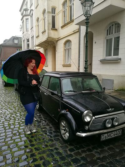 MeinAutomoment MiniCooper Minicooperworld Rainy Days Raining Raindrops Umbrella Pride Color Cobblestone Cobblestone Streets Wet Day Wet Road Parked Car Düsseldorf Turist Tourist Happy I Love My Car Excited