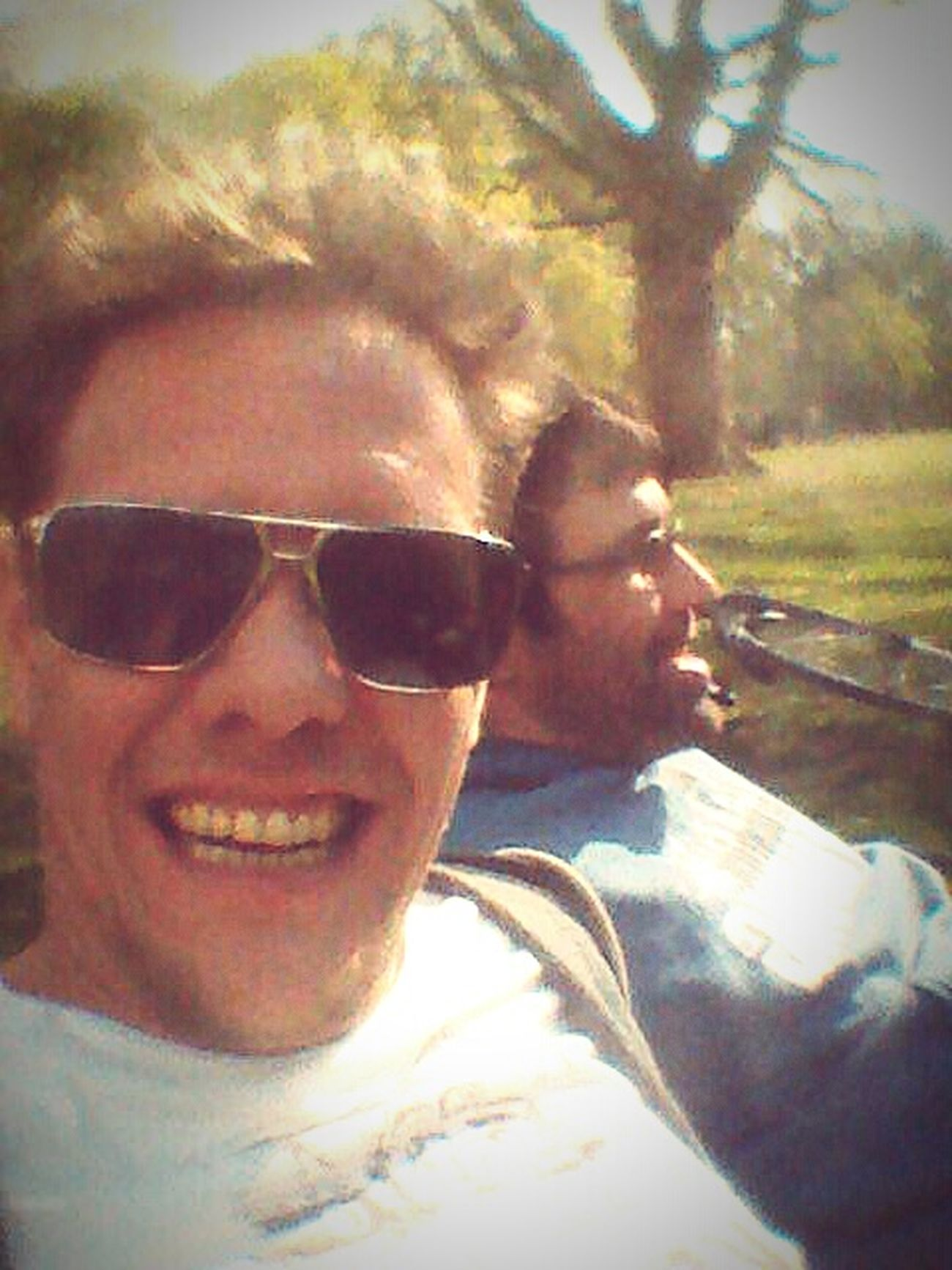 Relaxing in the last warm Summerdays enjoying the sun with frien ds in the Parks of Berlin