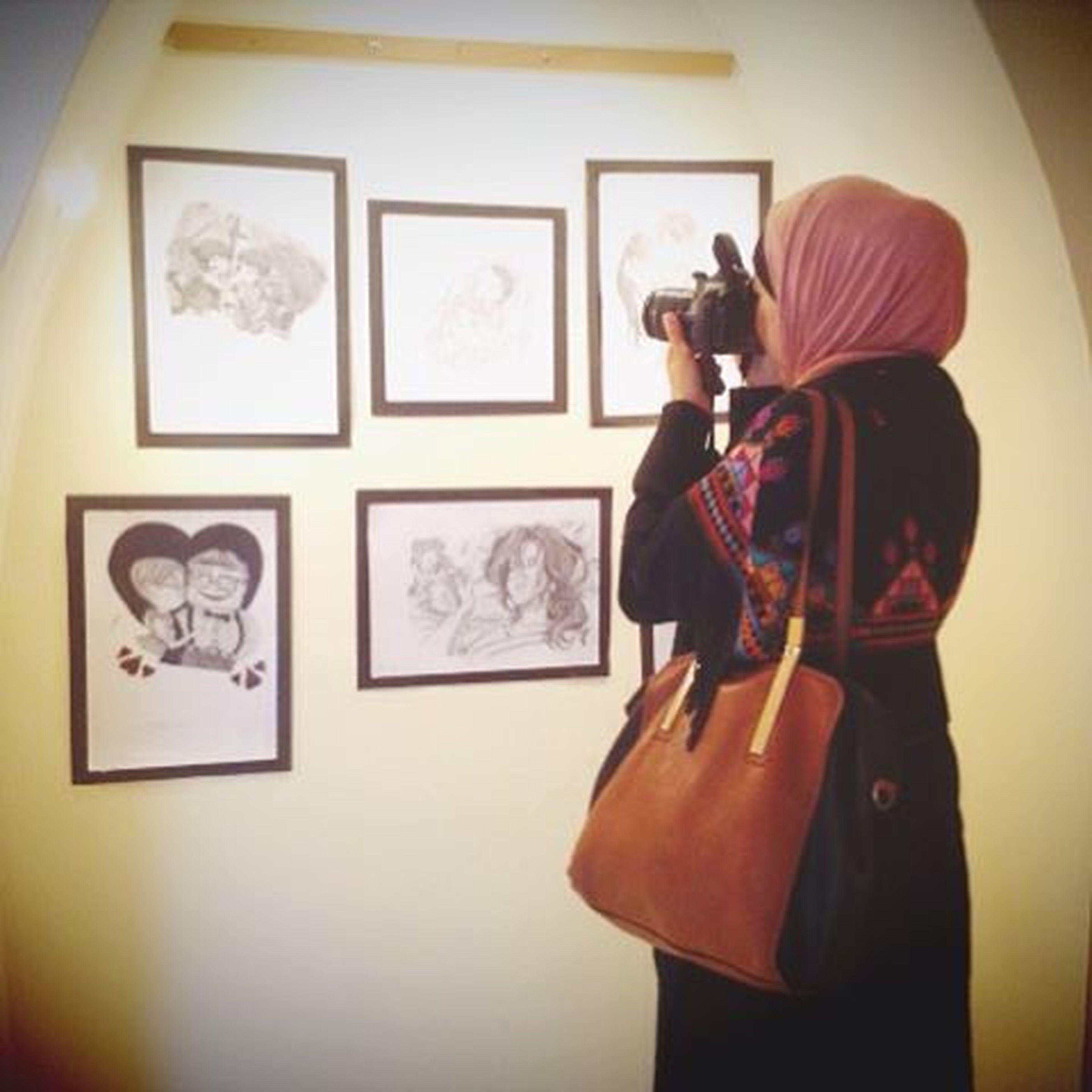 في معرض الانمي_حياتي للفنان محمد الدلو 📷📸