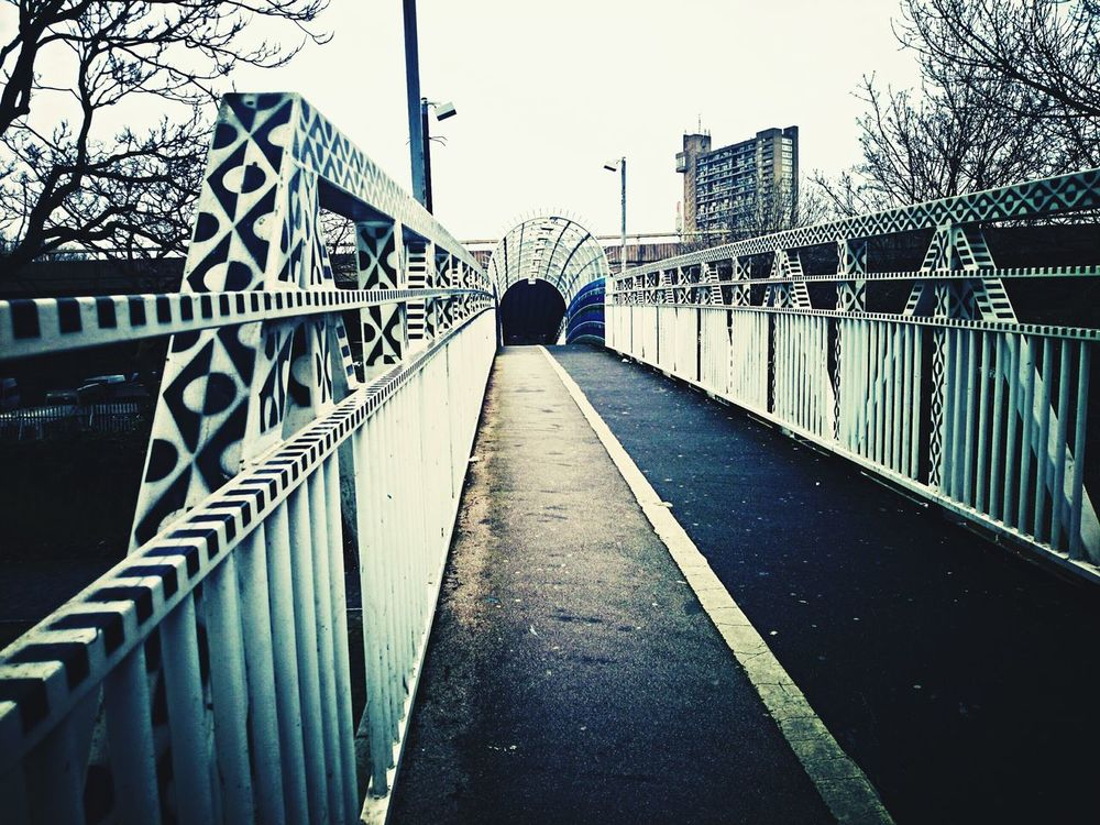 Bridges Notting Hill Check This Out Taking Photos London Walking Around Vanishing Point Beauty In Ordinary Things Westbourne Park Trellick Tower