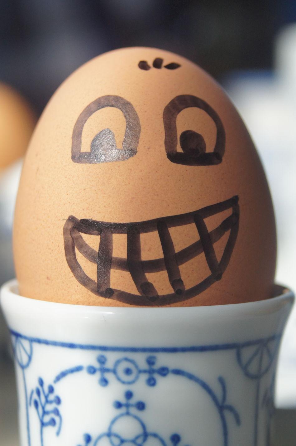 Close-up Egg Egg Face Ei Eier Eierkopf Faces Faces Of EyeEm Food Food And Drink Food And Drink Food And Drinks Food With Faces Freshness Healthy Eating Human Representation Indoors  Ready-to-eat