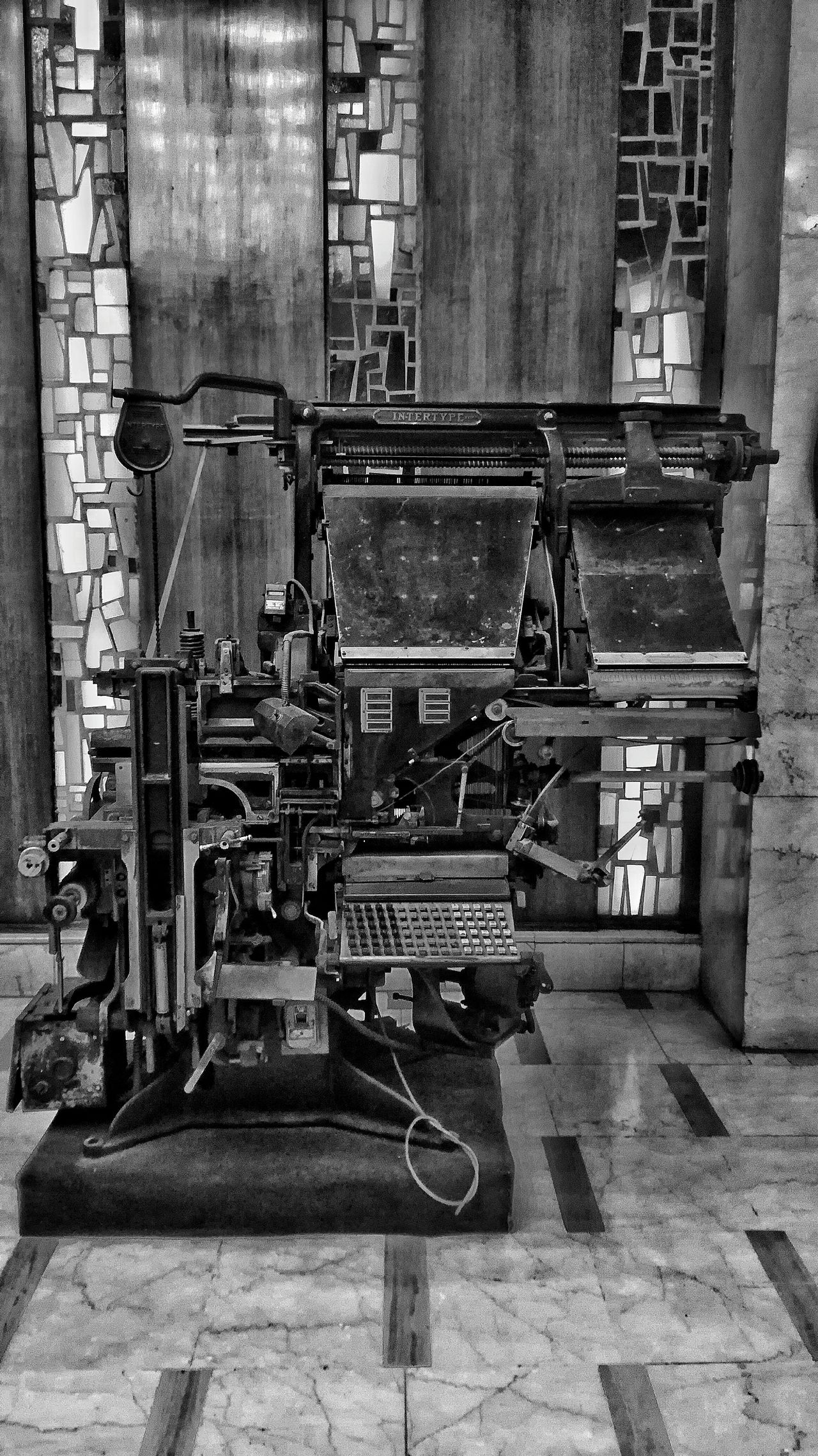 No People Historical Old Old-fashioned Writing Machine  Huawei P9 Lite Mobilephotography First Eyeem Photo EyeEmNewHere Check This Out Blackandwhite Photography