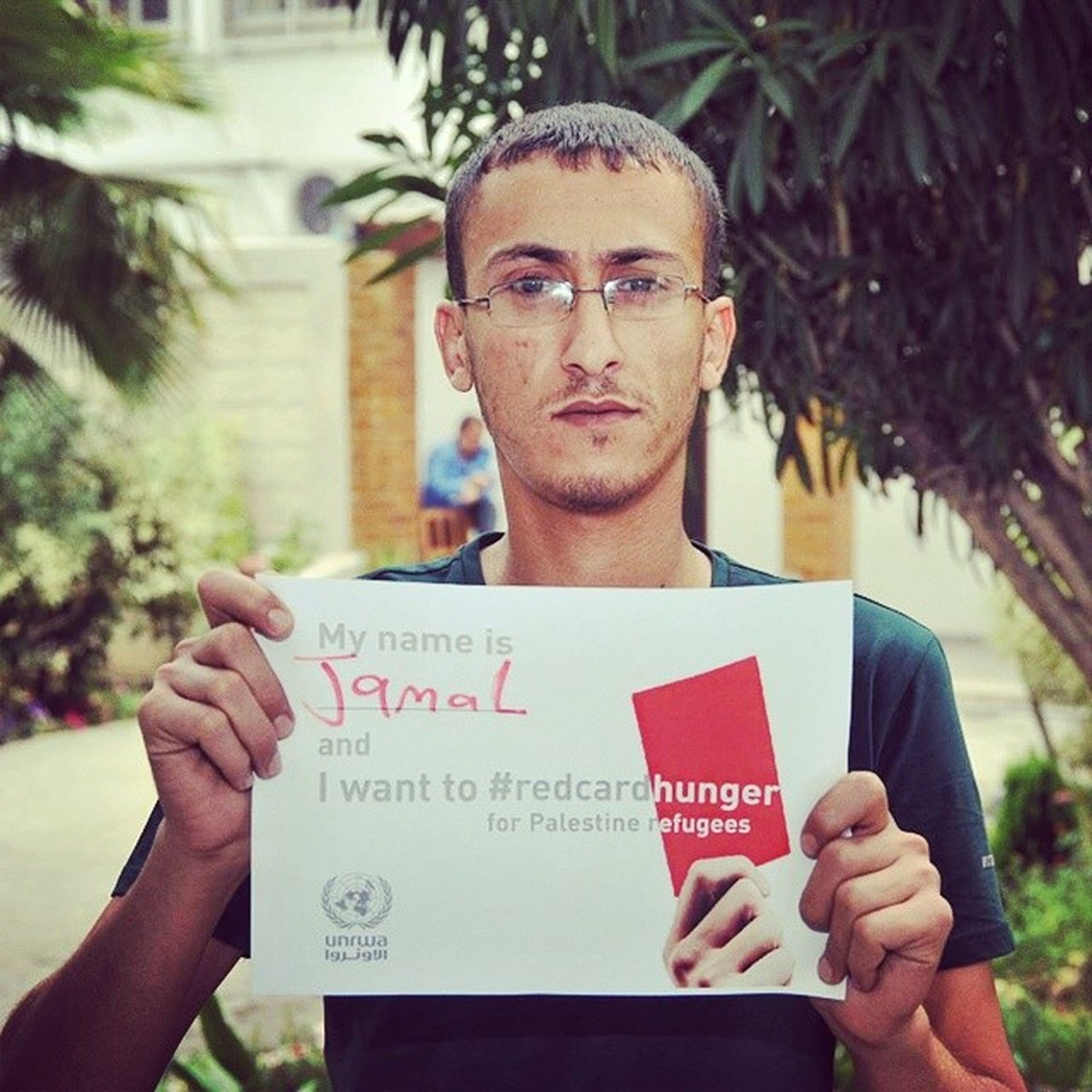 I want to Red_card_hunger for palastine refugees