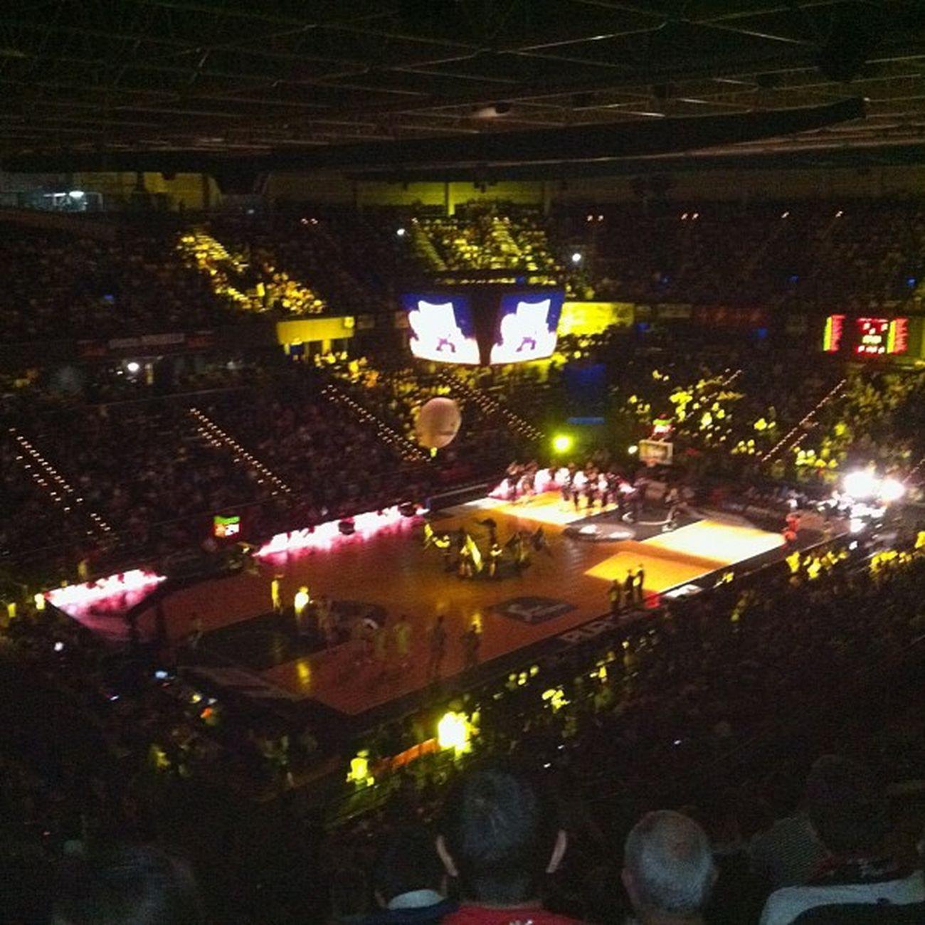 Bilbao Basket Hombresdenegro vamosssss!!!!! @petitxu
