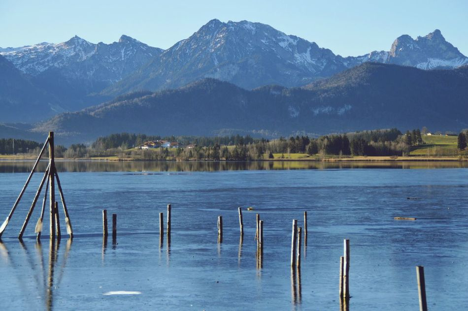 Hopfensee Naturelover Füssen Mountain Relaxing Moments Hopfen Relaxing Holiday Seaside Füssen, Bayern, Deutschland Sea View Sky And Clouds Nature Photography Beauty In Nature Hopfen Am See Nature Winter Wonderland Wintertime Winter Sea And Sky Sun Mountain And Water Water Sea Snow