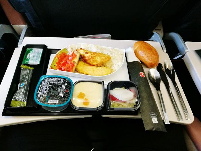Turkish Airlines Food In Turkish Airlines Turkey♥ Istanbul ATATÜRK ❤ Turkey ♡ Aeroport ✈ Türkiye 💙💛 Turkey💕 Travel Food Türkiye Chef In Turkish Airlines Istanbul Turkiye