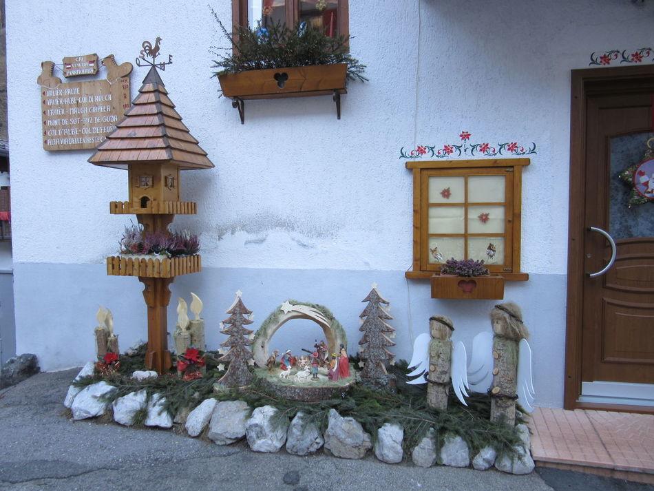 Serrai di Sottoguda, dicembre 2015 Christmas Decoration Decoration House Mountain Presepe Stone