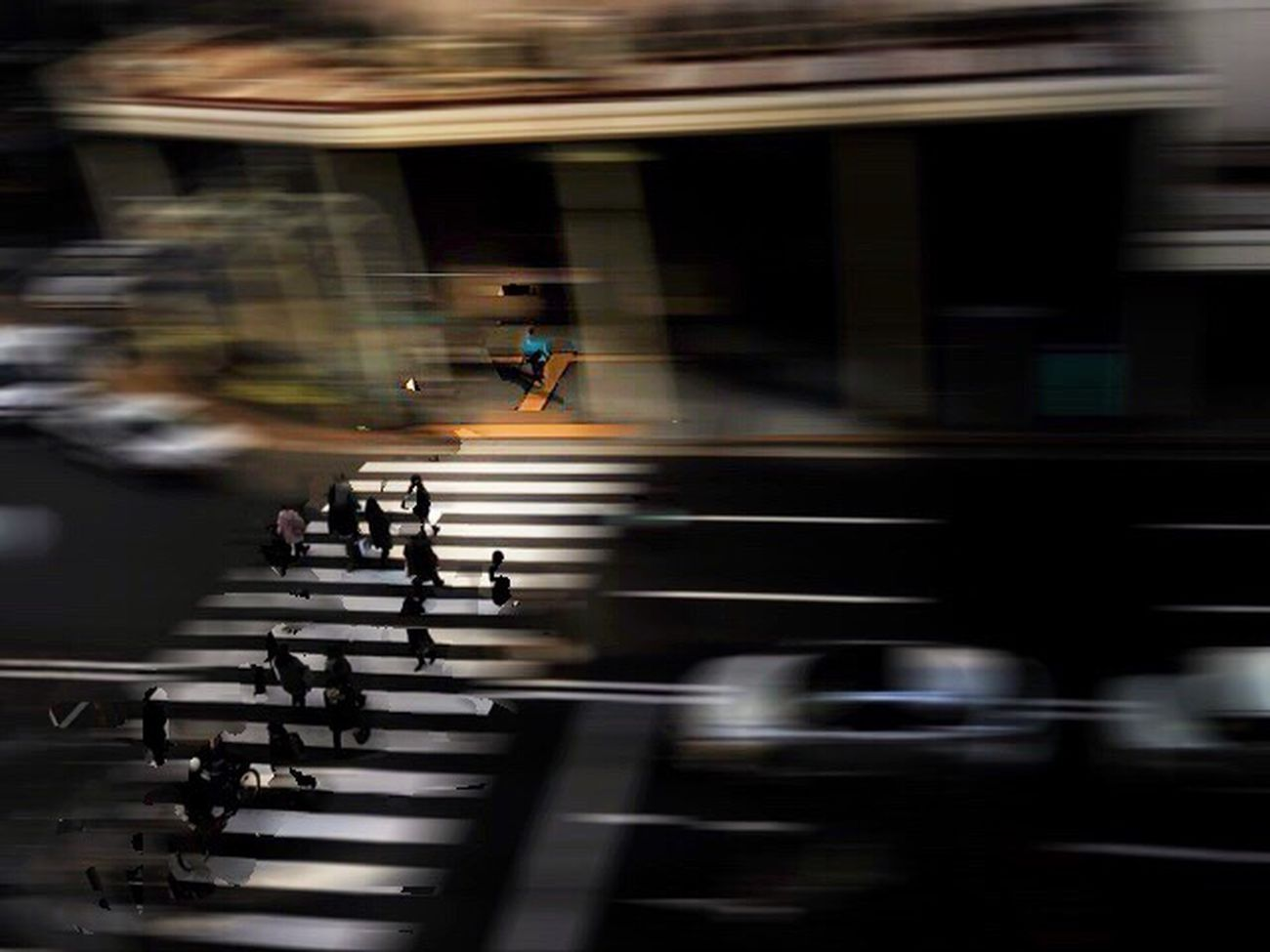 Light And Shadow People Watching Japan Photography Street Photography People FUJIFILM X-T1 Blurred Motion