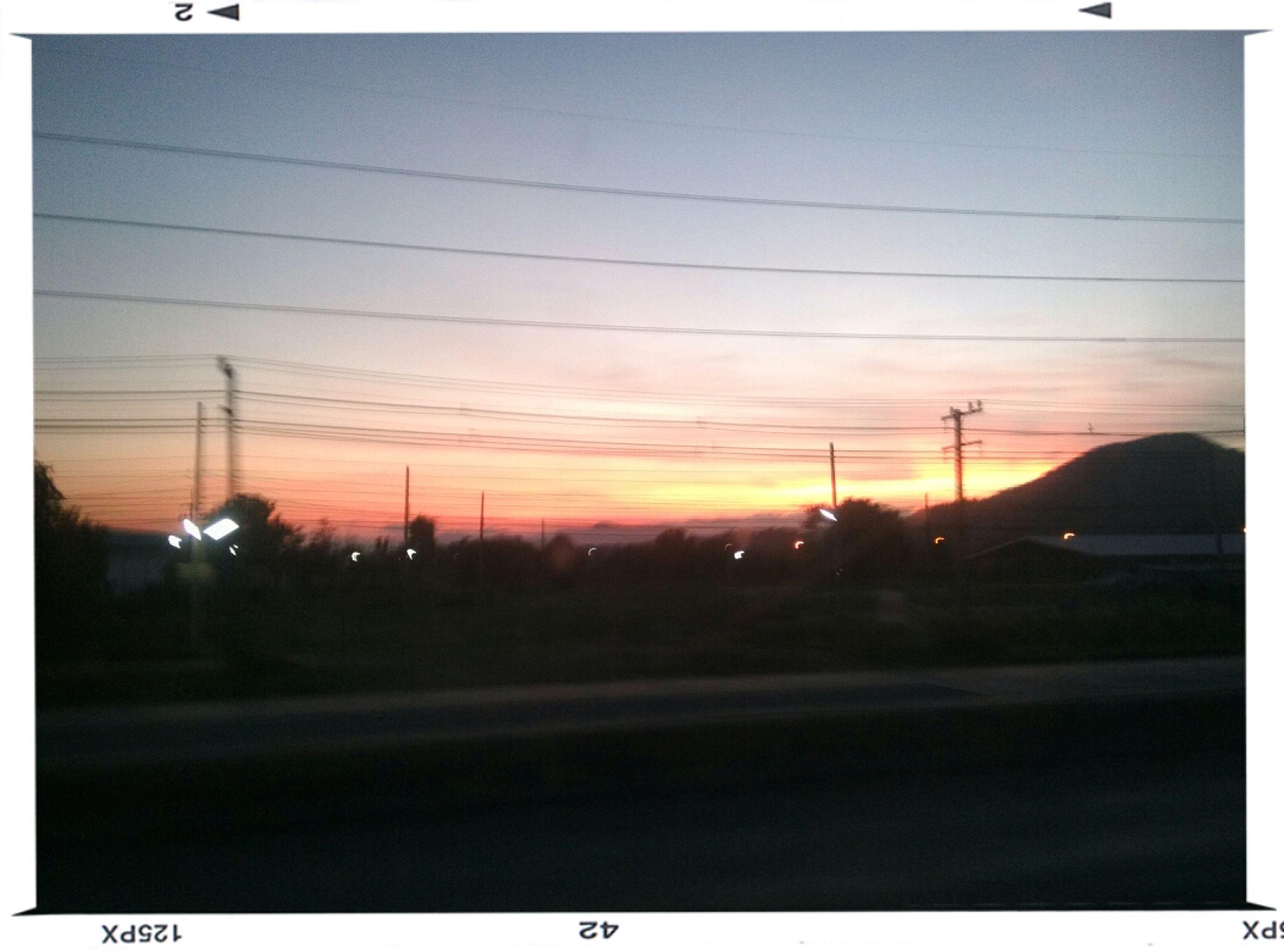 วันนี้ท้องฟ้าสวยจัง ^_^