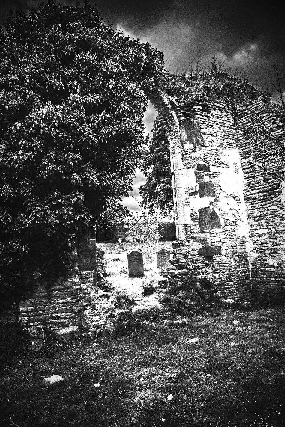 Ruins of St John's Old Church, Boughton, Northamptonshire. Blackandwhite Ruins Church Ruin Boughton Northamptonshire Archway Graveyard