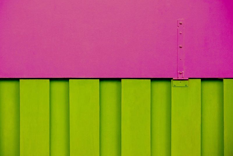 Pink Color Backgrounds No People Green Color Full Frame Multi Colored Textured  Built Structure Day Close-up Architecture Outdoors Corrugated Iron Pink And Green Background Abstract Container Pattern Pattern, Texture, Shape And Form Transportation Construction Construction Site Cargo Container Shipping  Patterns & Textures The Graphic City