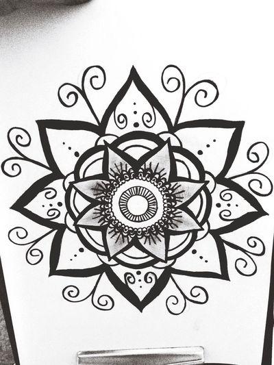 Drawing Mandala Byme