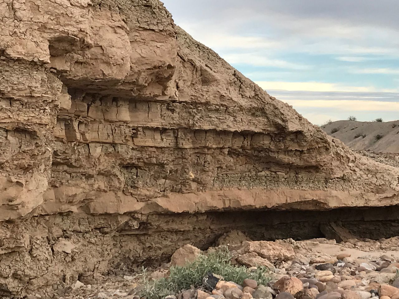 Desert Landscape Arid Climate Geological Landscape Physical Geography Backgrounds Textures & Surfaces No Filter, No Edit, Just Photography Dry Wash Geology Rock - Object Rock Formation Nature Textured  Low Angle View Cliff No People Beauty In Nature EyeEm Nature Lover Sky Scenics Outdoors Day