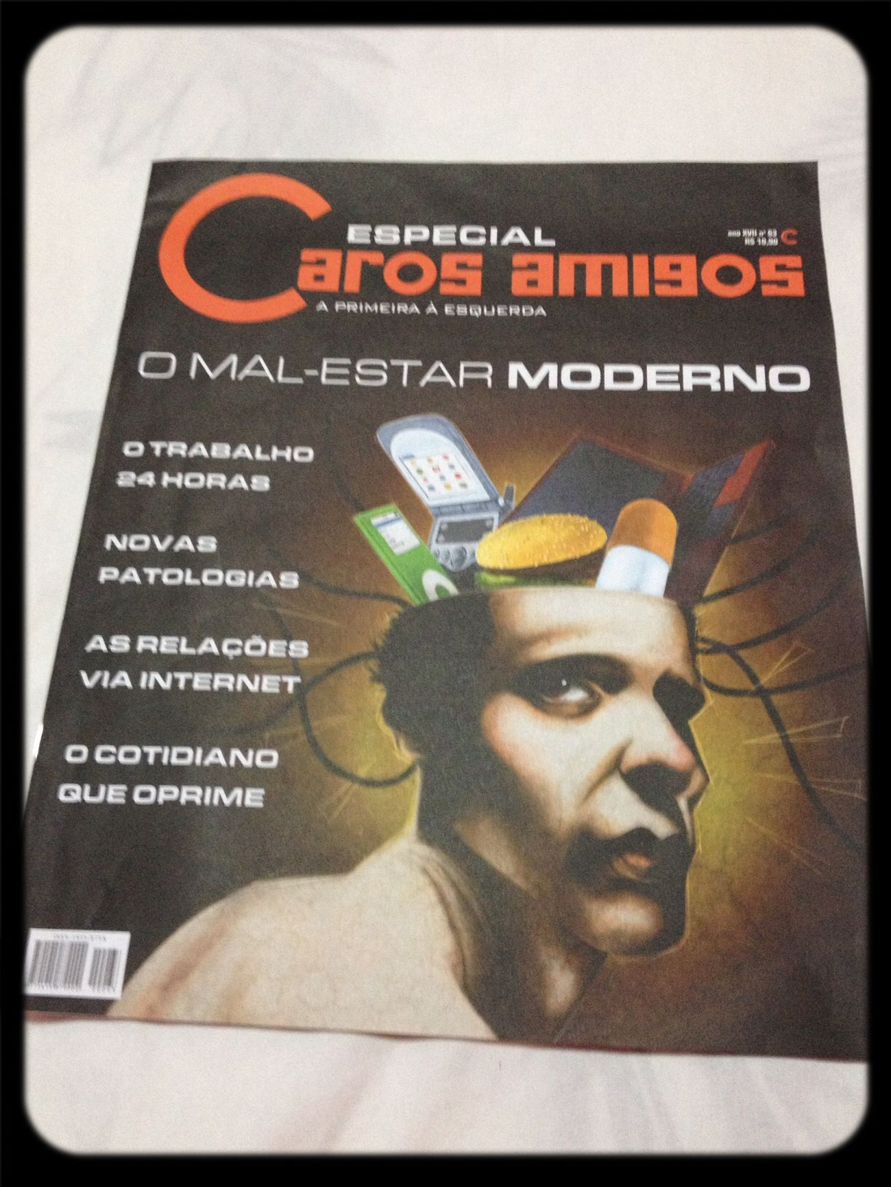 Reading! Modern Malaise Magazine Portuguese Reading