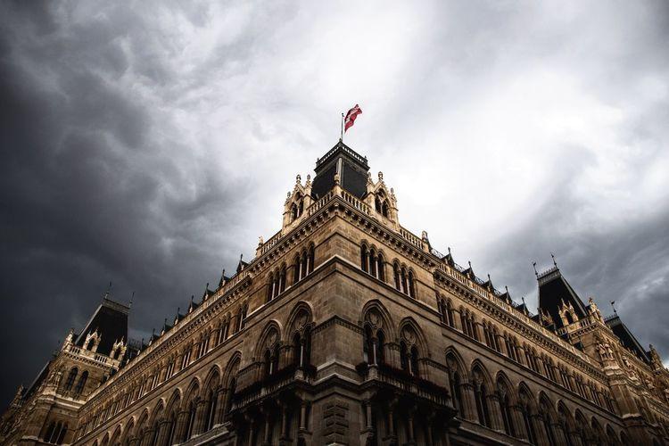 """Stormclouds Gathering"" Check This Out EyeEm Best Shots Vienna Austria Architecture"