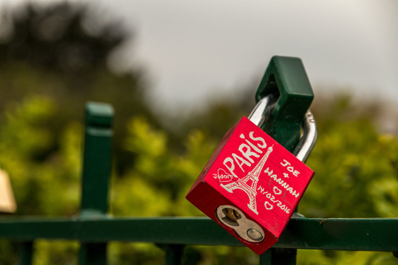 Close-up Communication Day First Eyeem Photo Focus On Foreground Lock Love Love Lock Metal No People Outdoors Padlock Paris Protection Red Text