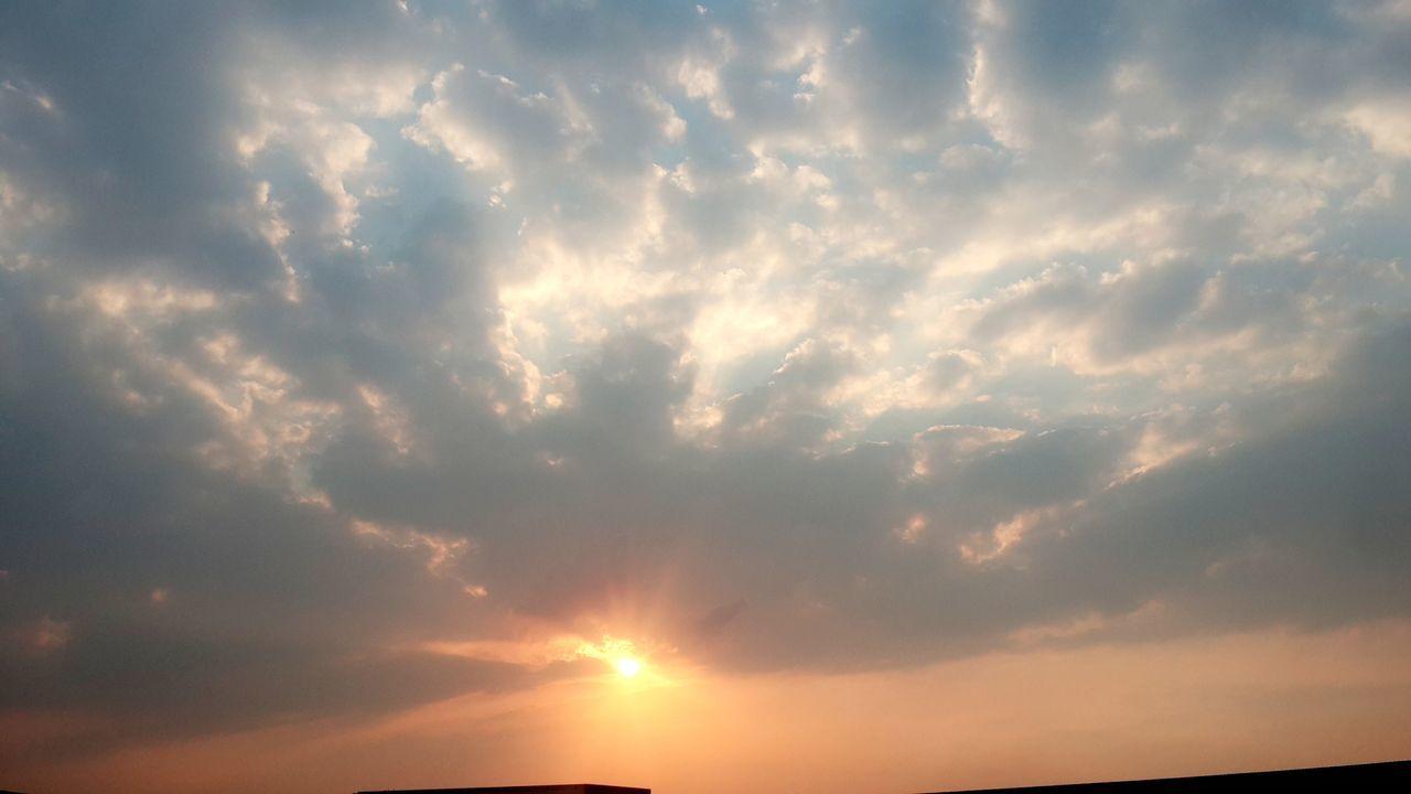Sun Sunlight Sky Pepole Best EyeEm Shot Bestphoto Nigthpicture