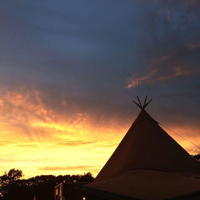 Wigwam Tents Sunset Summer Summer Evening British Summer Fire Sky Burning Sky Hot Summer Day England Glamping