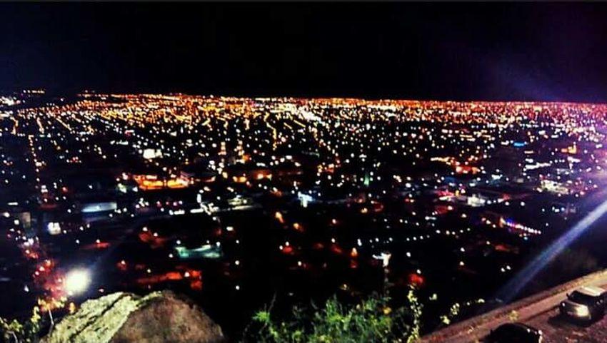 Hermosillo es el mismo de dia y de noche pero para es mas bello de noche 😂