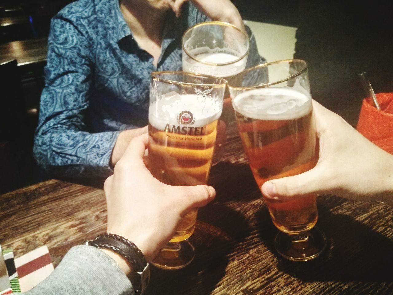 пиво ресторан  Санкт-Петербург друзья тост такао