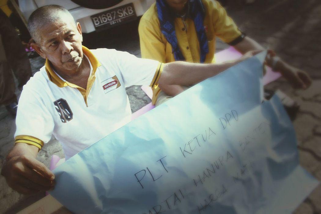 RePicture Ageing Old Man JakartaStreet Streetphotography Demonstration Ibukota Photoislife