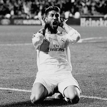 Real Madrid 😍😍 Sergio Ramos  Sergio Ramos  Ronaldo James Rodriguez First Eyeem Photo