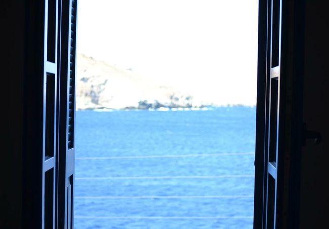 Sea Island Kea Window Blue Vacation Relaxing Friends