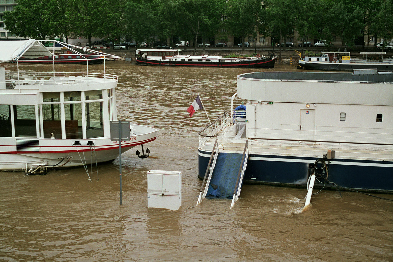Flood of the Seine Paris, France Boat Day Flood France Mode Of Transport Nature Nautical Vessel No People Outdoors Paris Paris Flood 2016 Parisflood Seine Seine River Seineflood Side By Side Travel Destinations Water