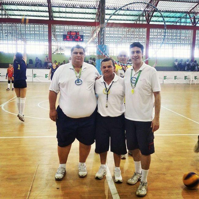@britonedson preparando o trote 😂😂😂 Voleibol Arbitragem VôleiRR