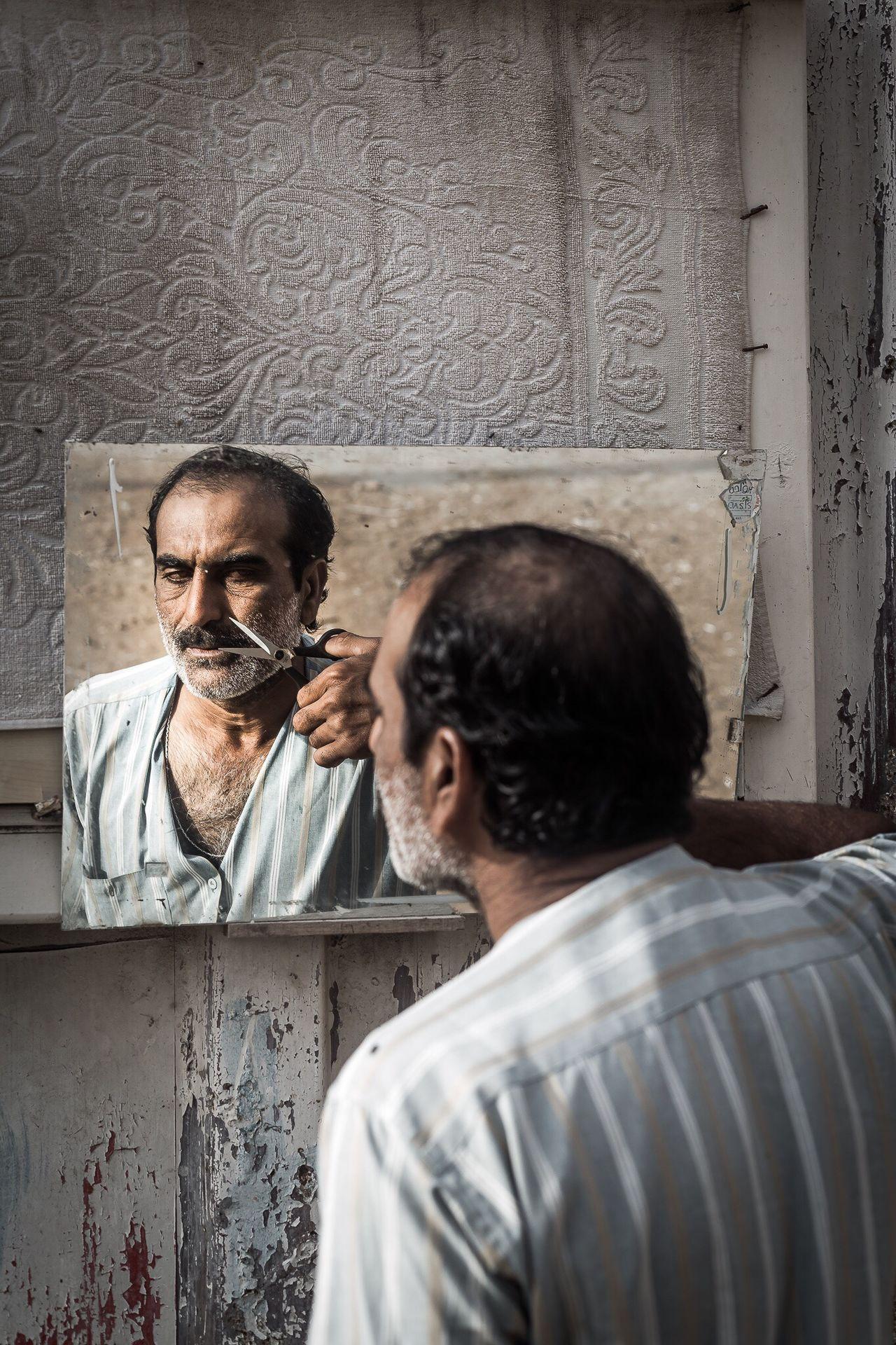 The Portraitist - 2017 EyeEm Awards Men Only Men EyeEm Best Shots Portrait Real People EyeEm Gallery Reflections Weekend Portrait Of A Man