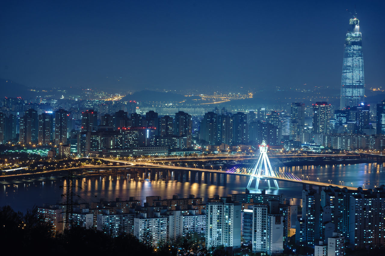 Seoul Korea Cityscapes Achasan Traveling Night Lights Aerial Shot The Traveler - 2015 EyeEm Awards Amazing Architecture The Photojournalist - 2015 EyeEm Awards Cities At Night The City Light