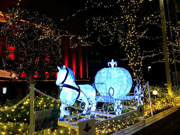 It's magical Night Illuminated Christmas Decoration Christmas Lights Celebration Christmas No People Outdoors Arts Culture And Entertainment Christmas Ornament Tree Building Exterior