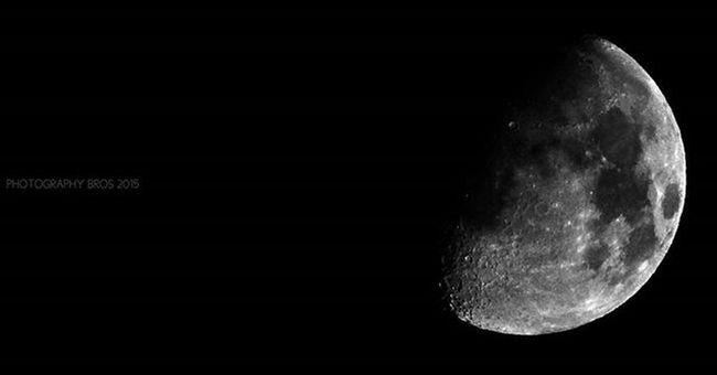 One of the best of my moon clicks. 💓 Moon Night_randoms Nikonphotography Nikon_photographs L820 Photoofthenight Photographers Nightphotography highzoom Bnw Bnw_life Bnw_society Bnw_captures Bnw_demand Monochrome Grayscale Photographyislife Admin Photographybros ✌
