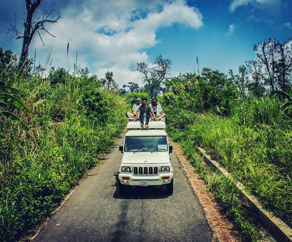 The Street Photographer - 2016 EyeEm Awards Hilly Road Travel Photography Streetphotography Natgeotravel Traveldiaries Everyday Lives BREEZY Windy Colors Of Nature SajekValley💜💛💚 SajekValley Everydaybangladesh Bangladeshigram Khagrachhari Bangladesh