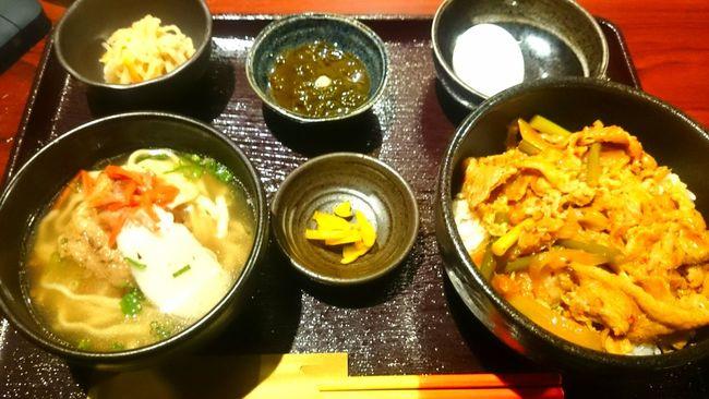アグー豚キムチ丼とソーキそば半分 Lunch Time! Delicious ♡ Okinawa