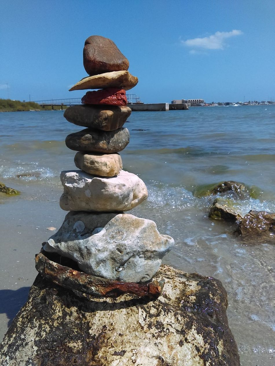 Things I Like Rock Stacking Ocean Channel Balancing Act Colors No Edit/no Filter rock stacking is fun, it helps you to learn about gravity in balancing heavy to light objects!