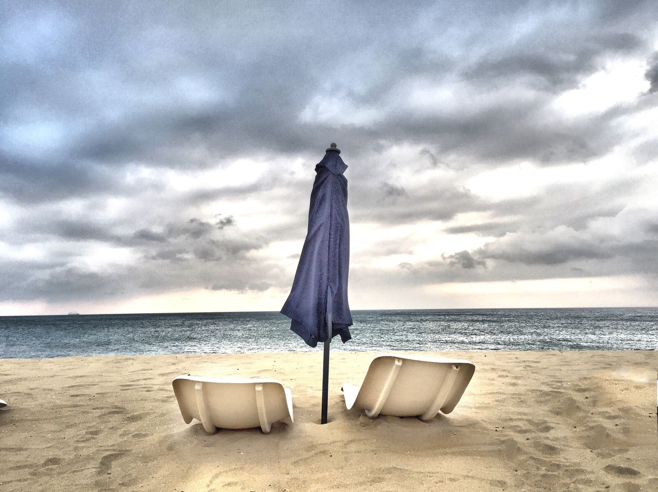 Beautiful stock photos of delfin, Absence, Beach, Beauty In Nature, Closed Parasol