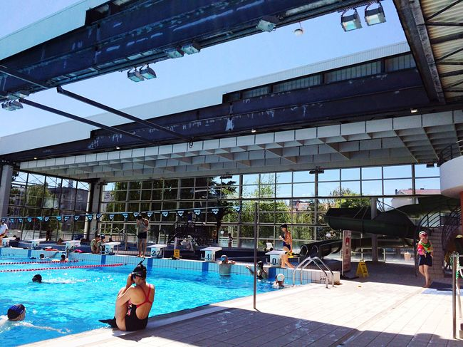 hi! check this out that's me hanging out relaxing taking photos of Clermont Ferrand swimming pool