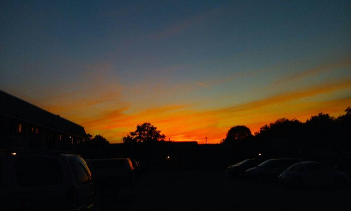 Sunset #sun #clouds #skylovers #sky #nature #beautifulinnature #naturalbeauty #photography #landscape Sunsetting Sunset_captures EyeEm Best Shots - Sunsets + Sunrise Sunsets Sunset_collection Sunset