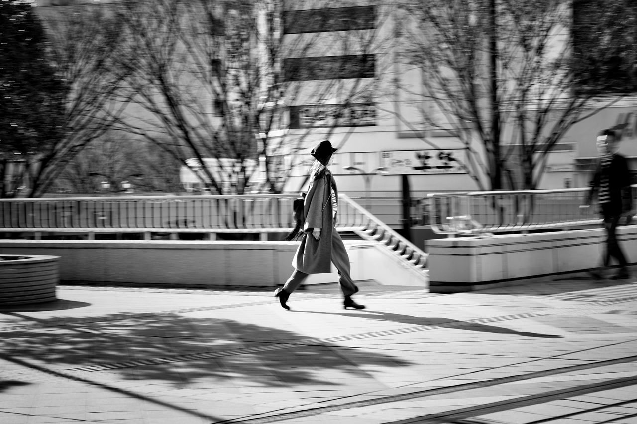Capture The Moment Light And Shadow Walking Women Black And White Streetphoto_bw The City Light People Fashion Panning Shoot Architecture Street Photography Uzu St. Fine Art Women Around The World Urban Exploration Still Life City Life Depth Of Field Nature Full Frame Detail Sigma EyeEm Best Shots 17_02 The Street Photographer - 2017 EyeEm Awards