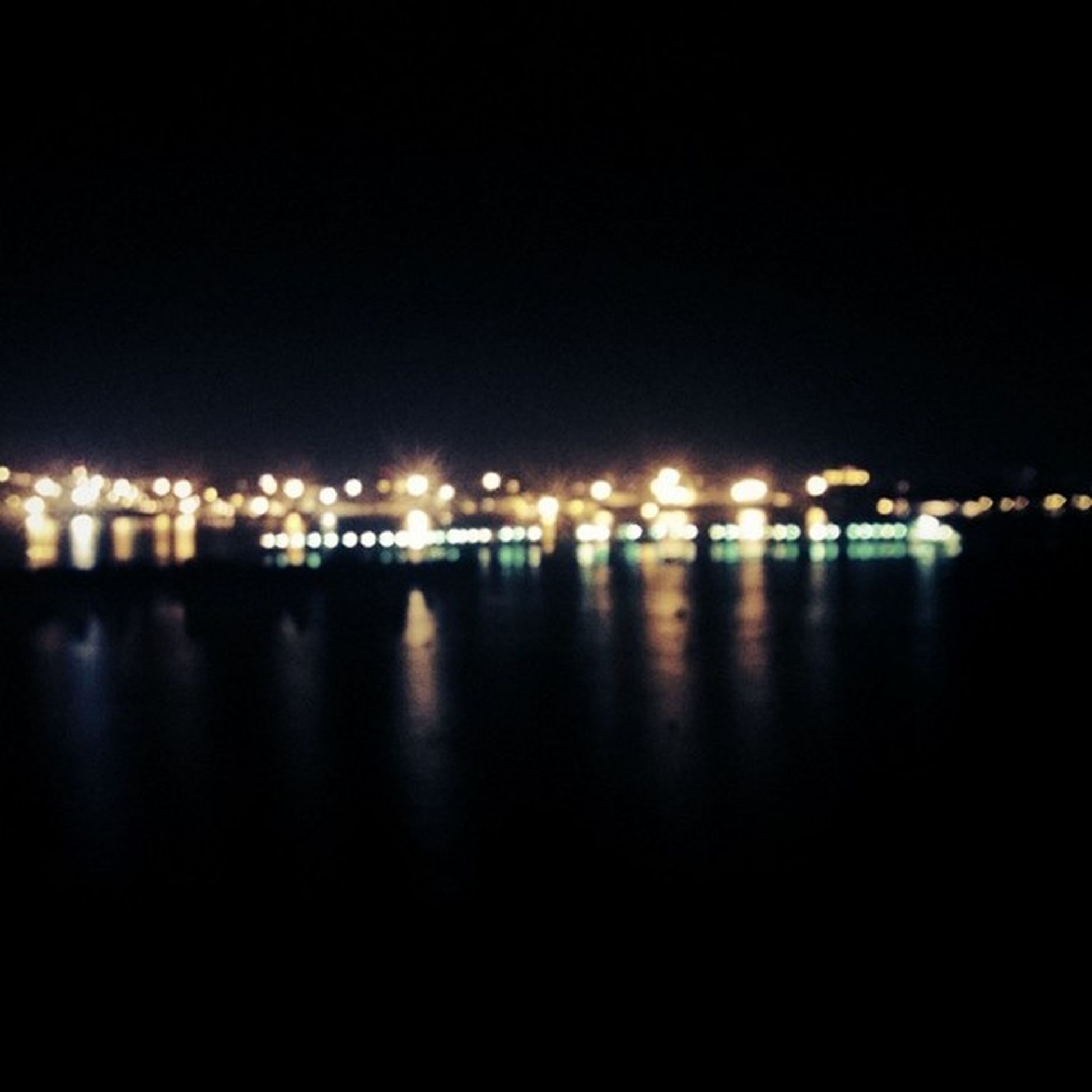 Marinedrive Seaside Scene Vallarpadam Chilling