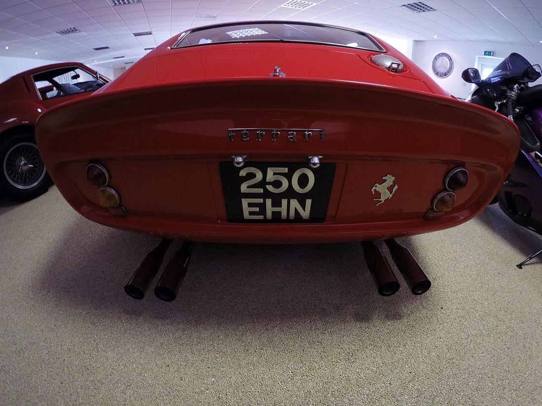 Red Car Ferrari 250 GTO England Show Room City England 🌹