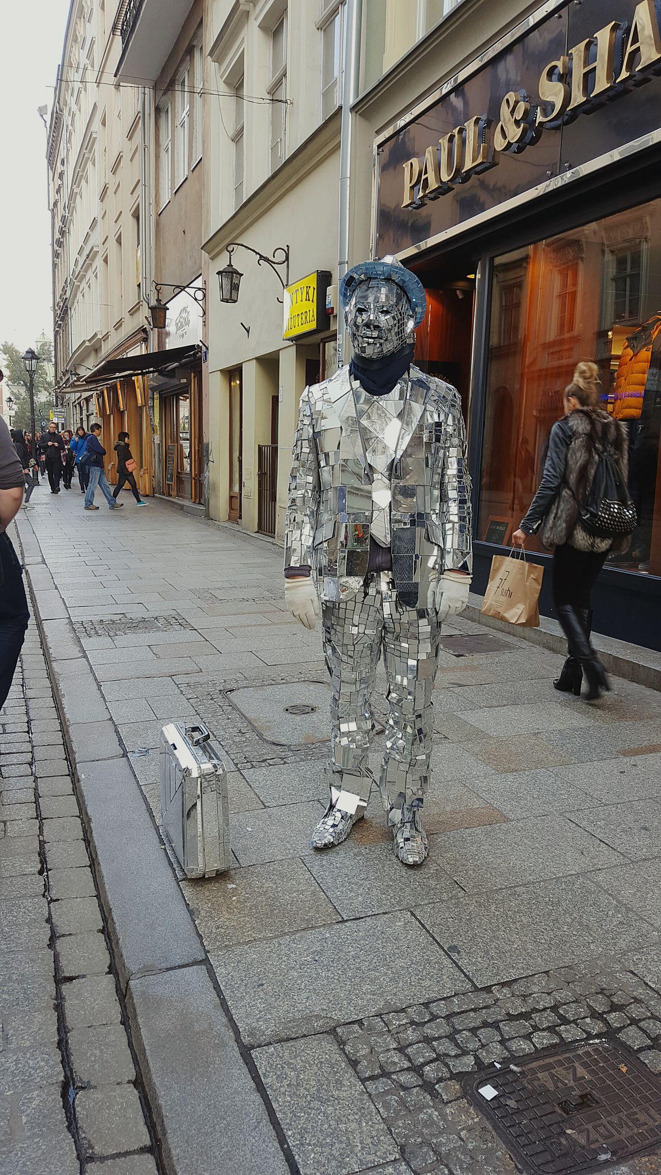 City Busker Busker Buskin' Tourist Attraction  Tourism Mirror Manofmirrors